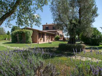 Image 2   5 bedroom farmhouse for sale with 3 hectares of land, Chiusi, Siena, Chianti Wine Region 216712