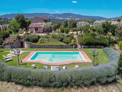 Image 3   5 bedroom farmhouse for sale with 3 hectares of land, Chiusi, Siena, Chianti Wine Region 216712