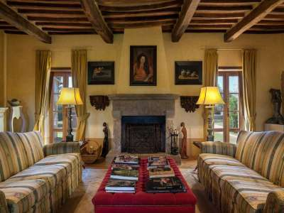 Image 6   5 bedroom farmhouse for sale with 3 hectares of land, Chiusi, Siena, Chianti Wine Region 216712