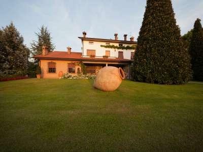 Image 10 | 4 bedroom villa for sale with 1.4 hectares of land, Castellaro Lagusello, Mantua, Lake Garda 216874