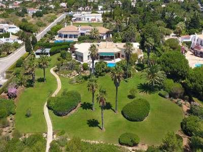 Image 1 | 4 bedroom villa for sale with 1.03 hectares of land, Victory Village Club, Carvoeiro, Western Algarve, Algarve 217389