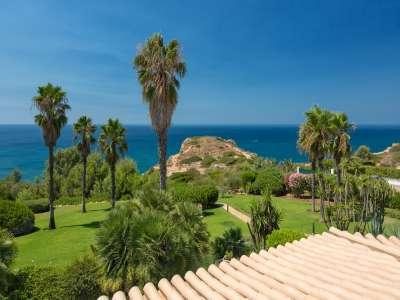 Image 14 | 4 bedroom villa for sale with 1.03 hectares of land, Victory Village Club, Carvoeiro, Western Algarve, Algarve 217389