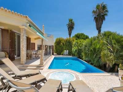 Image 3 | 4 bedroom villa for sale with 1.03 hectares of land, Victory Village Club, Carvoeiro, Western Algarve, Algarve 217389