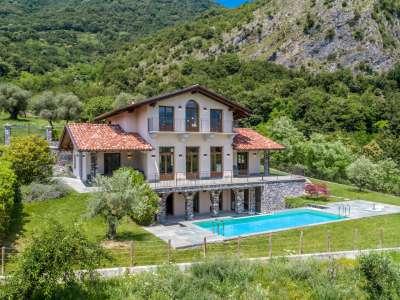Image 1   5 bedroom villa for sale with 1,000m2 of land, Tremezzo, Tremezzina, Como, Lombardy 217797