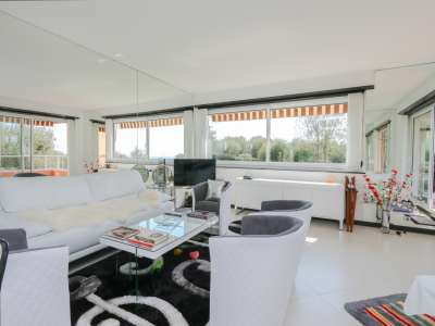 Image 6 | 2 bedroom apartment for sale with 20m2 of land, Roquebrune Cap Martin, French Riviera 217967