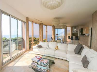 Image 6 | 2 bedroom penthouse for sale with 81m2 of land, Roquebrune Cap Martin, French Riviera 219149