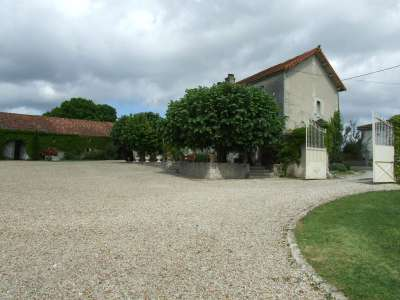 Image 28   17 bedroom house for sale with 1.17 hectares of land, Cognac, Charente , Poitou-Charentes 219254