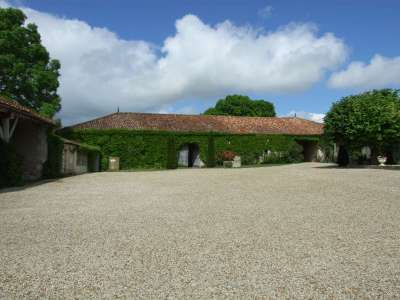 Image 5   17 bedroom house for sale with 1.17 hectares of land, Cognac, Charente , Poitou-Charentes 219254