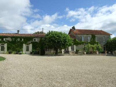 Image 9   17 bedroom house for sale with 1.17 hectares of land, Cognac, Charente , Poitou-Charentes 219254