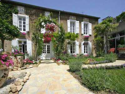 Image 1   7 bedroom manor house for sale with 300m2 of land, Olonzac, Herault , Languedoc-Roussillon 219555