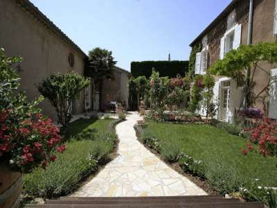 Image 6   7 bedroom manor house for sale with 300m2 of land, Olonzac, Herault , Languedoc-Roussillon 219555