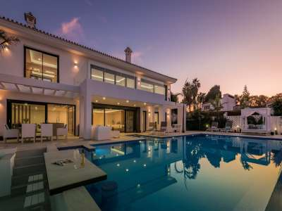 Image 28   6 bedroom villa for sale with 0.25 hectares of land, Puerto Banus, Malaga Costa del Sol, Andalucia 220018