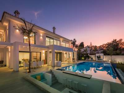 Image 30   6 bedroom villa for sale with 0.25 hectares of land, Puerto Banus, Malaga Costa del Sol, Andalucia 220018