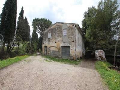 Image 1 | 3 bedroom farmhouse for sale with 13 hectares of land, Peccioli, Pisa, Tuscany 220061
