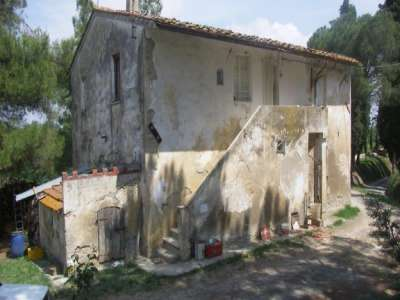 Image 2 | 3 bedroom farmhouse for sale with 13 hectares of land, Peccioli, Pisa, Tuscany 220061