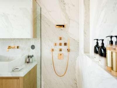 Image 21   5 bedroom villa for sale with 1,163m2 of land, Puerto Banus, Malaga Costa del Sol, Andalucia 220256