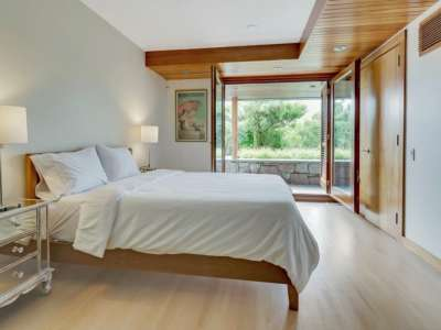 Image 13 | Beautiful  4 Bedroom Oceanside Home for Sale in the  Hamptons,  New York 220258