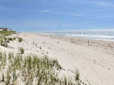Image 24 | Beautiful  4 Bedroom Oceanside Home for Sale in the  Hamptons,  New York 220258