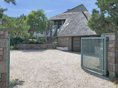 Image 5 | Beautiful  4 Bedroom Oceanside Home for Sale in the  Hamptons,  New York 220258