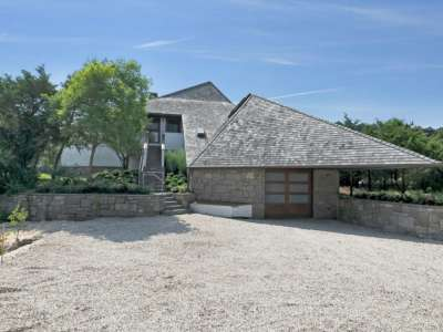 Image 6 | Beautiful  4 Bedroom Oceanside Home for Sale in the  Hamptons,  New York 220258