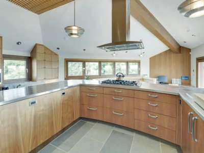 Image 8 | Beautiful  4 Bedroom Oceanside Home for Sale in the  Hamptons,  New York 220258
