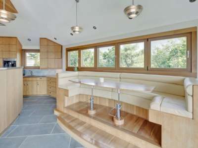 Image 9 | Beautiful  4 Bedroom Oceanside Home for Sale in the  Hamptons,  New York 220258