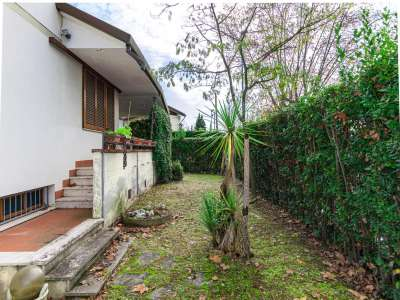 Image 28   5 bedroom villa for sale with 1,150m2 of land, Pietrasanta, Lucca, Tuscany 220668