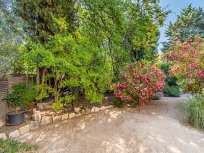 Image 10 | 5 bedroom house for sale with 1,110m2 of land, Fontvieille, Bouches-du-Rhone , Provence 221095