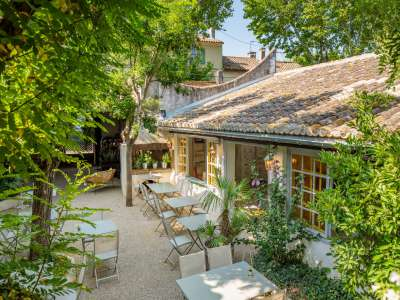 Image 3 | 5 bedroom house for sale with 1,110m2 of land, Fontvieille, Bouches-du-Rhone , Provence 221095