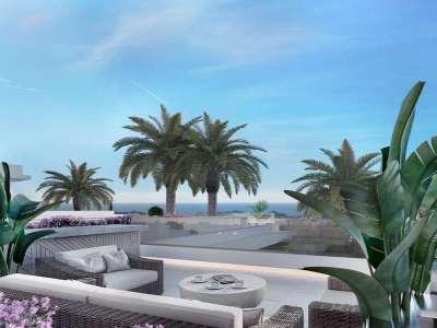 Image 2   4 bedroom villa for sale with 434m2 of land, Rio Verde, Puerto Banus, Malaga Costa del Sol, Andalucia 221350