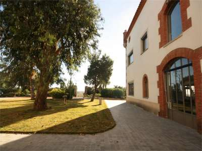Image 3 | 4 bedroom commercial property for sale with 41.2 hectares of land, Cabestany, Pyrenees-Orientales , Languedoc-Roussillon 221487