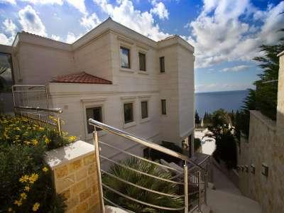 Image 1 | 4 bedroom villa for sale with 700m2 of land, Rezevici, Budva, Coastal Montenegro 221606