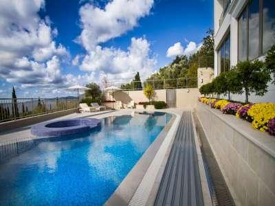 Image 3 | 4 bedroom villa for sale with 700m2 of land, Rezevici, Budva, Coastal Montenegro 221606
