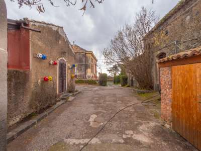 Image 25 | 12 bedroom farmhouse for sale with 0.77 hectares of land, Viagrande, Catania, Sicily 221930