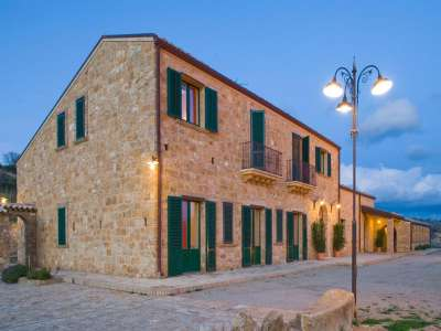 Image 2 | 11 bedroom farmhouse for sale with 16 hectares of land, Piazza Armerina, Enna, Sicily 221987