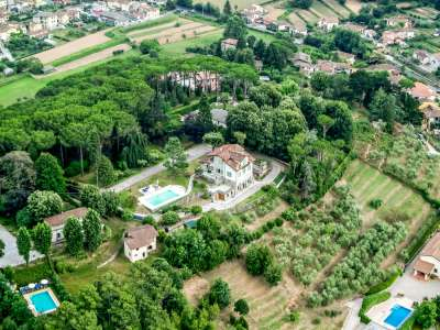 Image 1   5 bedroom villa for sale with 1 hectares of land, Camaiore, Lucca, Tuscany 222087