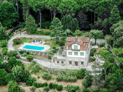 Image 2   5 bedroom villa for sale with 1 hectares of land, Camaiore, Lucca, Tuscany 222087