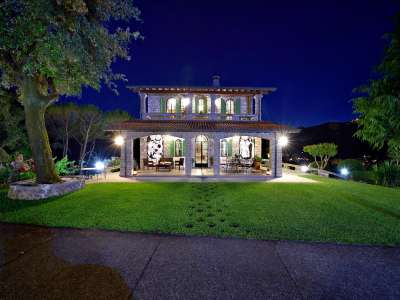 Image 26   5 bedroom villa for sale with 1 hectares of land, Camaiore, Lucca, Tuscany 222087