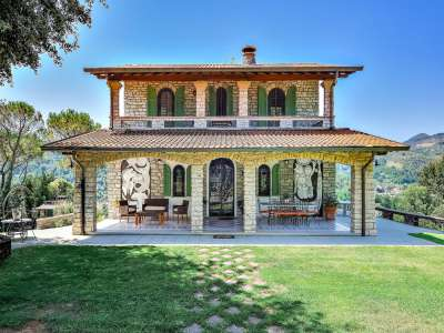 Image 3   5 bedroom villa for sale with 1 hectares of land, Camaiore, Lucca, Tuscany 222087