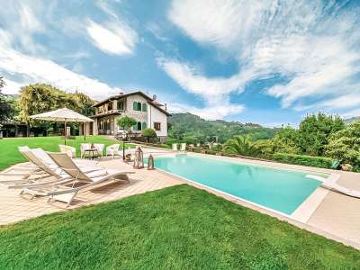 Image 32   5 bedroom villa for sale with 1 hectares of land, Camaiore, Lucca, Tuscany 222087