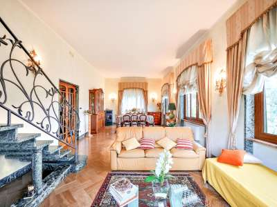 Image 5   5 bedroom villa for sale with 1 hectares of land, Camaiore, Lucca, Tuscany 222087