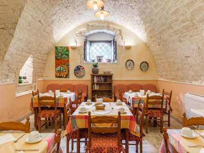 Image 12   9 bedroom house for sale with 8 hectares of land, Santa Croce Camerina, Ragusa, Sicily 222366