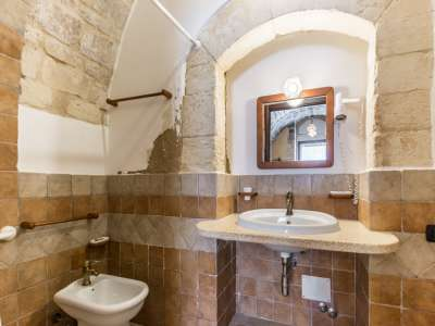 Image 33   9 bedroom house for sale with 8 hectares of land, Santa Croce Camerina, Ragusa, Sicily 222366