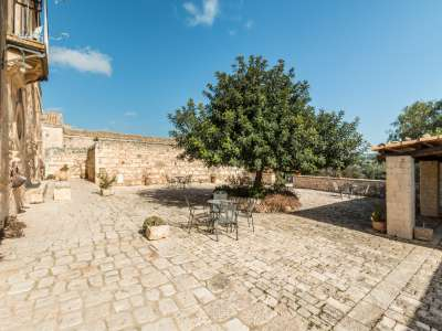 Image 34   9 bedroom house for sale with 8 hectares of land, Santa Croce Camerina, Ragusa, Sicily 222366