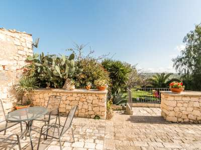 Image 35   9 bedroom house for sale with 8 hectares of land, Santa Croce Camerina, Ragusa, Sicily 222366