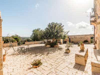Image 9   9 bedroom house for sale with 8 hectares of land, Santa Croce Camerina, Ragusa, Sicily 222366