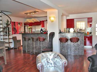 Image 3   6 bedroom house for sale, Port Grimaud, French Riviera 222582