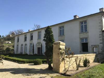 Image 1   16 bedroom farmhouse for sale with 4.77 hectares of land, Bordeaux, Gironde , Aquitaine 223583