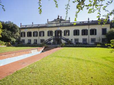Image 1 | 9 bedroom villa for sale with 10 hectares of land, Lucca, Tuscany 223840