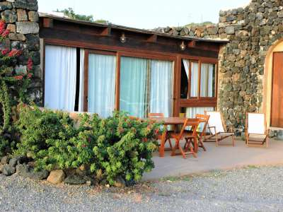 Image 3   2 bedroom villa for sale with 0.4 hectares of land, Pantelleria, Trapani, Sicily 224352